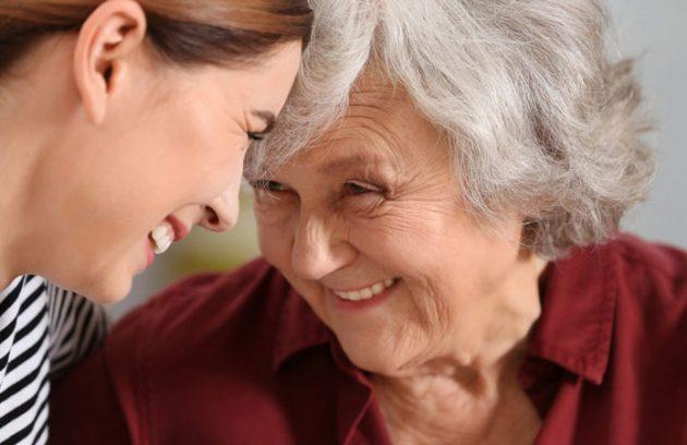 تصویر شاخص مراقبت از بیمار الزایمر